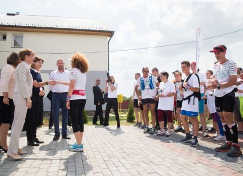 Дружини Президентів України та Угорщини відкрили Центр реабілітації дітей на Закарпатті