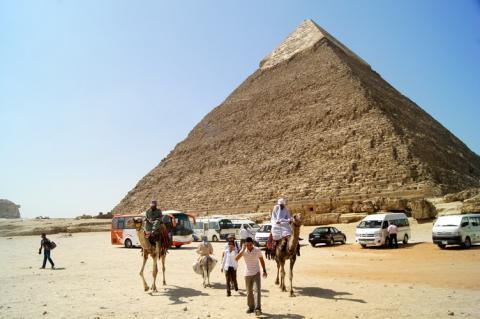 Туристам створять комфорт для споглядання старовини