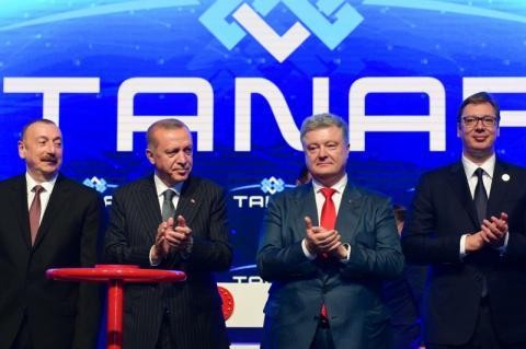 Сподіваюсь, що найближчим часом знайдемо можливості для залучення природного газу з Каспійського моря до України – Президент на запуску газопроводу TANAP