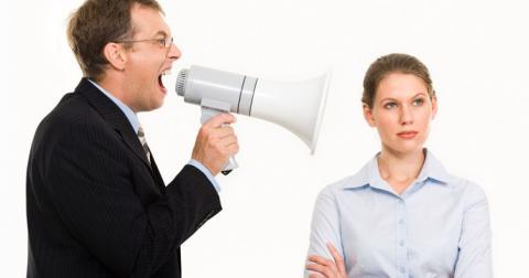Як спілкуватися з відвідувачами, схильними до конфліктів