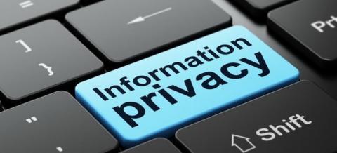 КС може позбавити Мінфін права збирати персональні дані отримувачів соцвиплат