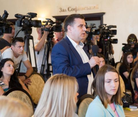 Ми вимагаємо від Кремля свободу українським політв'язням - Марина Порошенко під час прес-конференції з регіональними та всеукраїнськими медіа