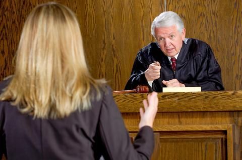 Поведінка, дозволена законом, не може визнаватися протиправною