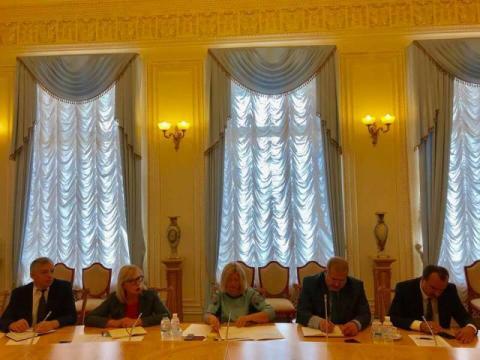 Під головуванням Ірини Геращенко відбулась робоча зустріч із рідними політв'язнів Кремля