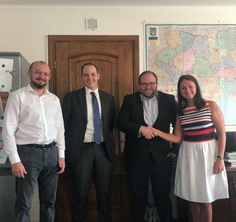 Голова Комітету у закордонних справах Ганна Гопко провела зустріч з представником Держдепартаменту США з питань енергетичних ресурсів Бенджаміном Шміттом