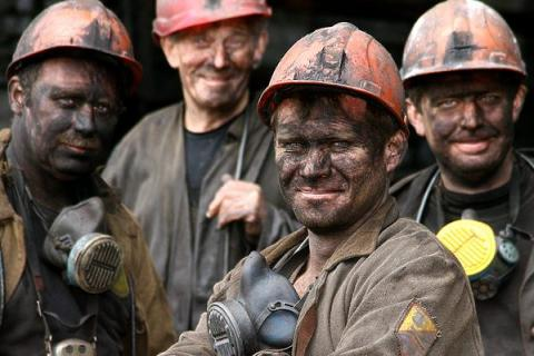 Шахтарям виплатять 1,4 млрд грн боргу із зарплати