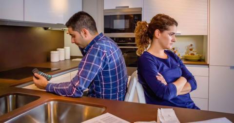 Хто відповідає за борги одного з подружжя, пояснив ВС