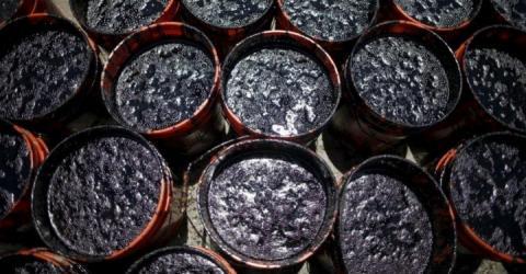 Україна збільшила імпорт нафти