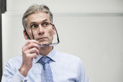 Очільник найпотужнішого у Данії банку через скандал з відмиванням грошей подав у відставку
