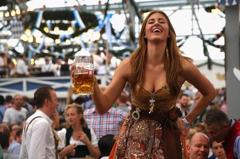 Октоберфест - багатолітня баварська традиція