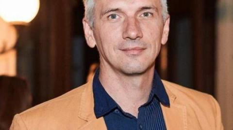 Аброськін пообіцяв, що замах на активіста в Одесі буде розкрито