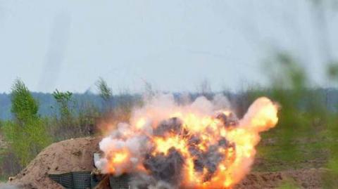 Під Херсоном стався потужний вибух у військовій частині