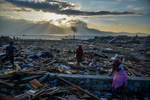 Цунамі в Індонезії та проблема людської емпатії