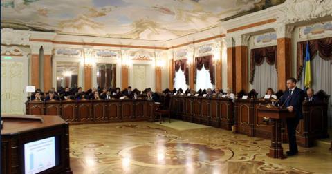 Служителів Феміди не можна дискредитувати та тиснути на них — Резолюція