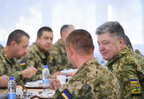 Глава держави про нову систему харчування в армії: Надзвичайно приємно чути схвальні відгуки військових