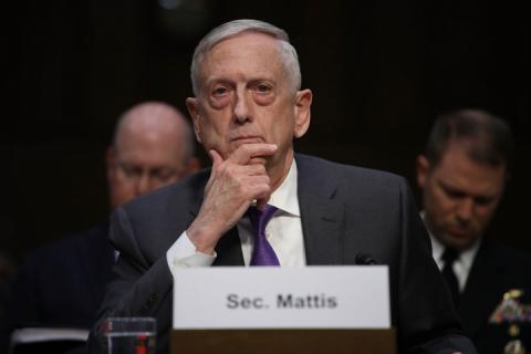 Конгресмени закликають Трампа залишити Меттіса на посаді очільника Пентагону