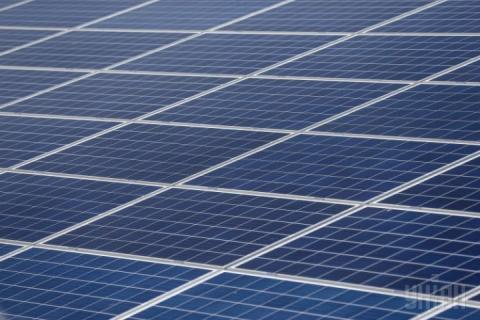 Цьогоріч близько 1,3 тис. українських домогосподарств встановили сонячні панелі на дахах