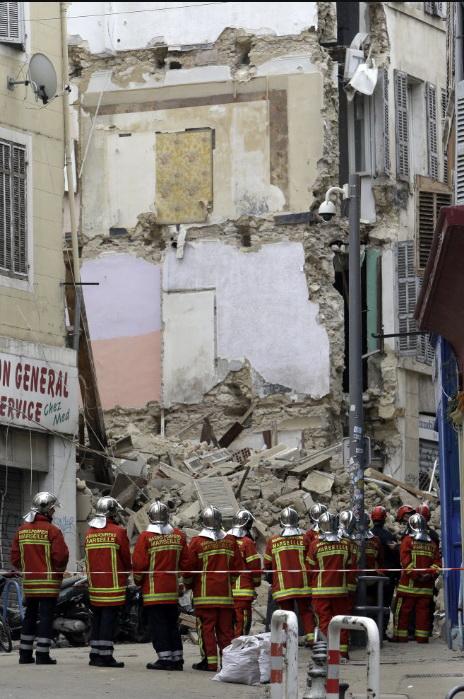 Обвал багатоповерхівок у Марселі: загиблих вже троє