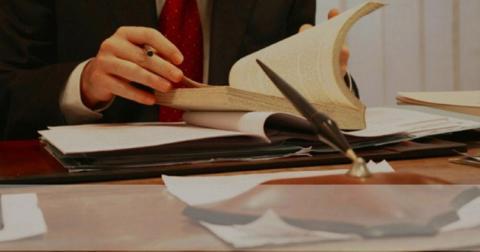 Які права потрібні адвокатові для ефективного захисту?