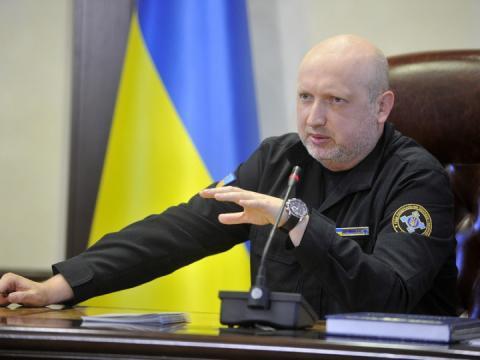 Турчинов нагадав про покарання за участь у «виборах» на окупованих територіях