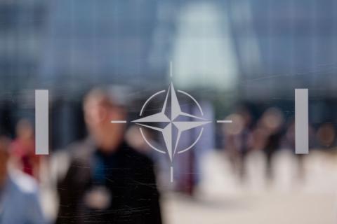 У НАТО занепокоєні агресивною деструктивною політикою Росії – готують резолюцію