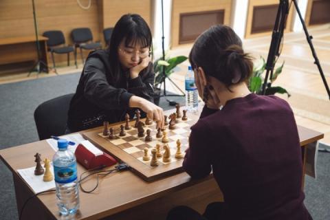 У другій партії фіналу жіночого ЧС-2018 з шахів Лагно виграла у Веньцзюнь