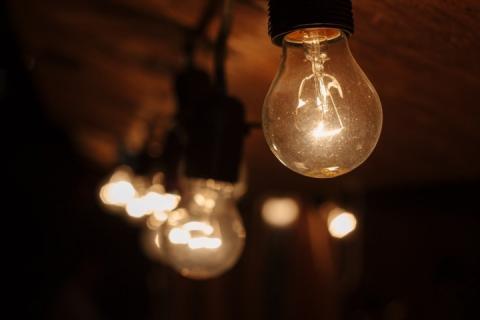 З нового року в Україні ціна на електроенергію може зрости на 15%