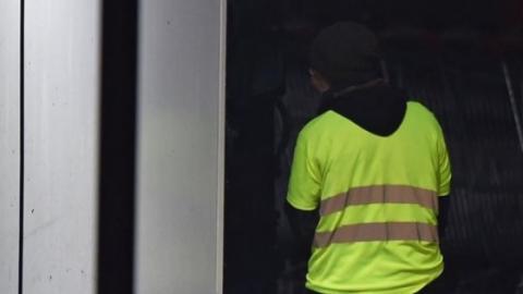Протести у Франції: чоловік з гранатою вимагав зустрічі з Макроном