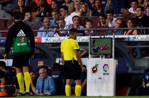 УЄФА: Впровадження системи відеоповторів у Лізі чемпіонів відбудеться вже у лютому