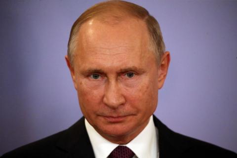 Путін назвав причину небажання говорити з Порошенком по телефону
