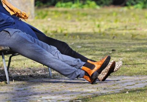 Супрун пояснила українцям, чому шкідливо сидіти «нога на ногу»