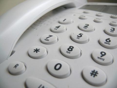 Шахраї телефонують підприємцям Запоріжжя від імені влади – просять гроші
