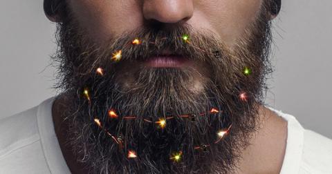 Британцям запропонували гірлянду для бороди