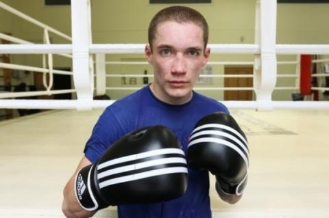 Боксер Олег Малиновський отримав травму, його бій 22 грудня відмінили
