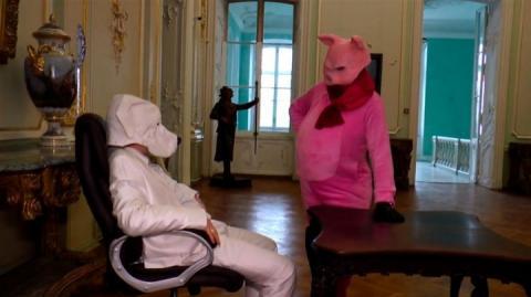 Директор Одеського зоопарку знявся у новорічному кліпі у ролі свині