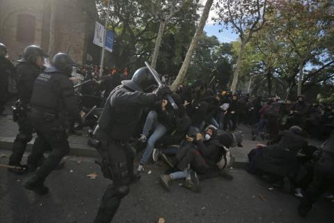 У Барселоні – сутички на демонстрації сепаратистів, є затримані і поранені