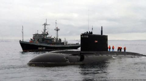 """Підводні човни РФ відпрацьовують """"таємний хід"""" біля берегів Криму"""
