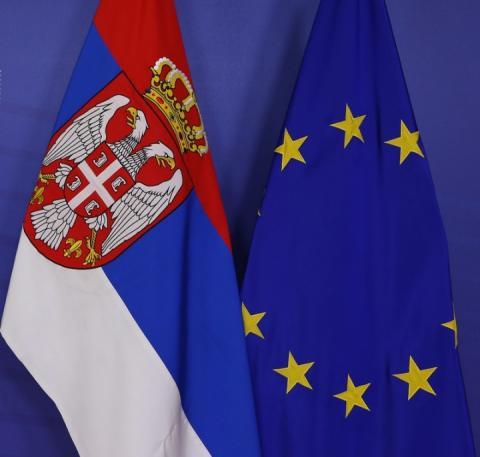 Країни Балтії і Польща блокують євроінтеграцію Сербії через її проросійську політику