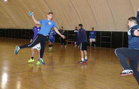 Збірна України з гандболу сьогодні стартує на турнірі в Ризі