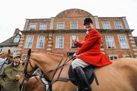 Мисливці, які нікого не вбивають: У Великобританії відбулося традиційне святкове дійство