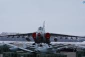 В «Укроборонпромі» показали літаки та вертольоти, які передали для армії