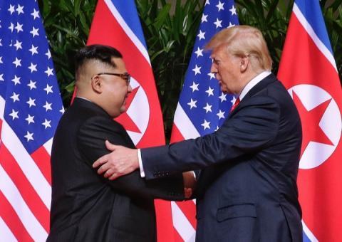 Трамп з нетерпінням очікує зустрічі з Кім Чен Ином