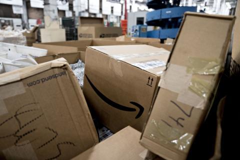 Змінилися правила оподаткування міжнародних посилок