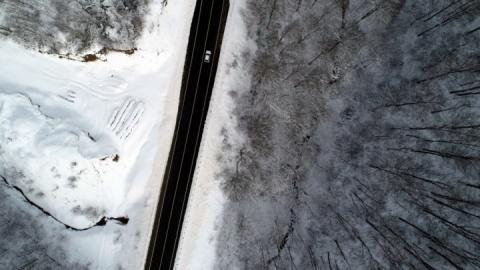 Білий Стамбул: Найбільше місто Туреччини засипало лапатим снігом