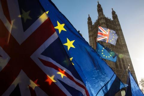 Британський парламент обмежив повноваження уряду у податковій сфері при Brexit без угоди