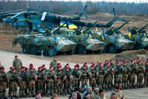 Кремль зупинять не слова, а біль від санкцій і зброя для України, – Гербст