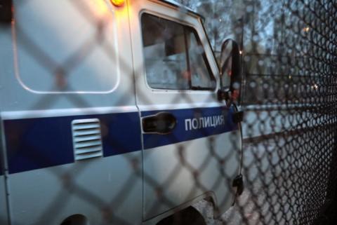 В анексованому Криму російські силовики проводять обшуки у трьох кримських татар