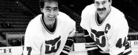 У Канаді розповіли про візит на Львівщину зірок світового хокею братів Бабичів