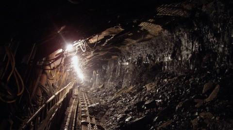 У Китаї обвалилася шахта: загинула 21 людина