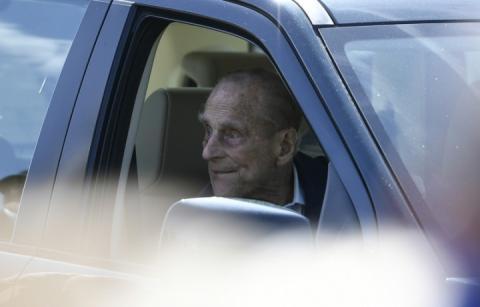 Принц Філіп не вибачився за скоєне ДТП, стверджує поранена жінка